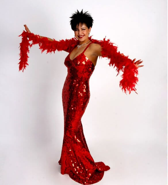 Shirley Bassey Lookalike & Tribute Singer