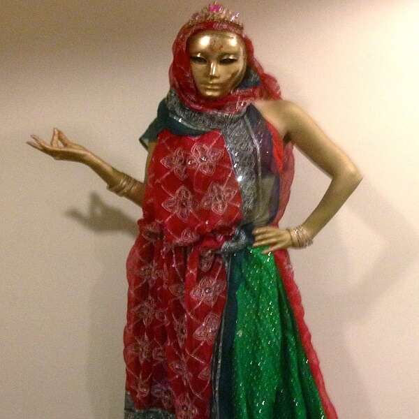 Bollywood Human Living Statues