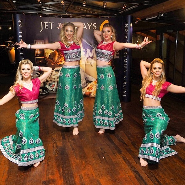 Bollywood Dancers (Bollywood Motion)