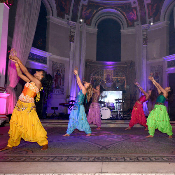 Bollywood Dancers (Bollywood Lights)
