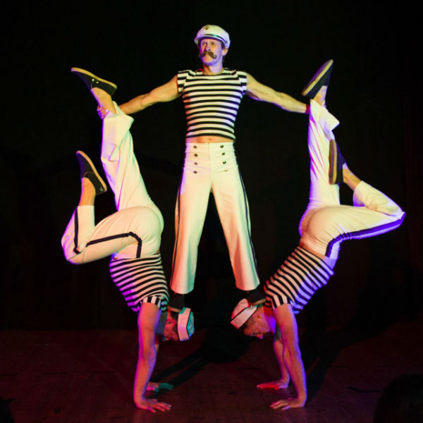 Comedy Acrobatic Trio
