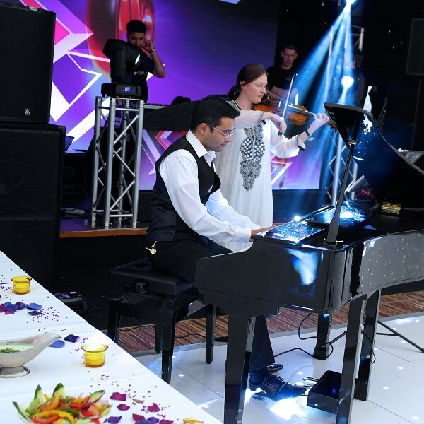 Pianist Of Bollywood