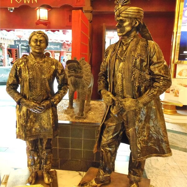 Bollywood Living Statues